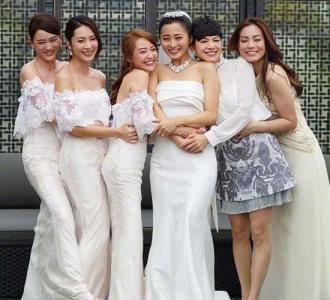 陈乔恩出席姐妹婚礼